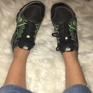Nike edge Neon green black sneakers